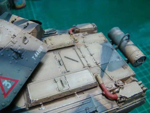 A15 Crusader Mk III  Italeri 1/35... - Página 4 DSC07833