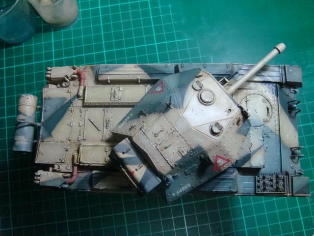 A15 Crusader Mk III  Italeri 1/35... - Página 4 DSC07838