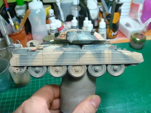 A15 Crusader Mk III  Italeri 1/35... - Página 4 DSC07839