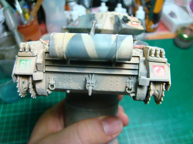 A15 Crusader Mk III  Italeri 1/35... - Página 4 DSC07843