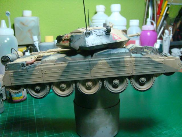 A15 Crusader Mk III  Italeri 1/35... - Página 4 DSC07845