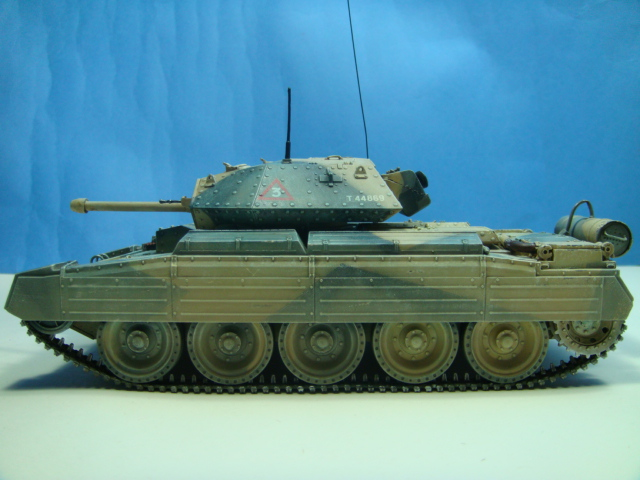 A15 Crusader Mk III......Italeri   DSC07926