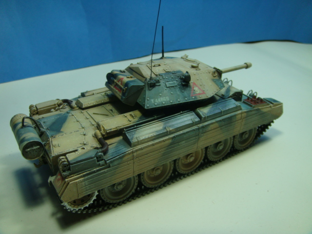 A15 Crusader Mk III......Italeri   DSC07938