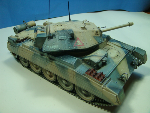 A15 Crusader Mk III......Italeri   DSC07954