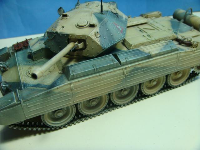 A15 Crusader Mk III......Italeri   DSC07958