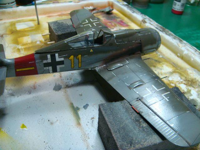 Focke-Wulf Fw 190A-8 .eduard Weekend Edition a 1/48.. - Página 4 DSC08060