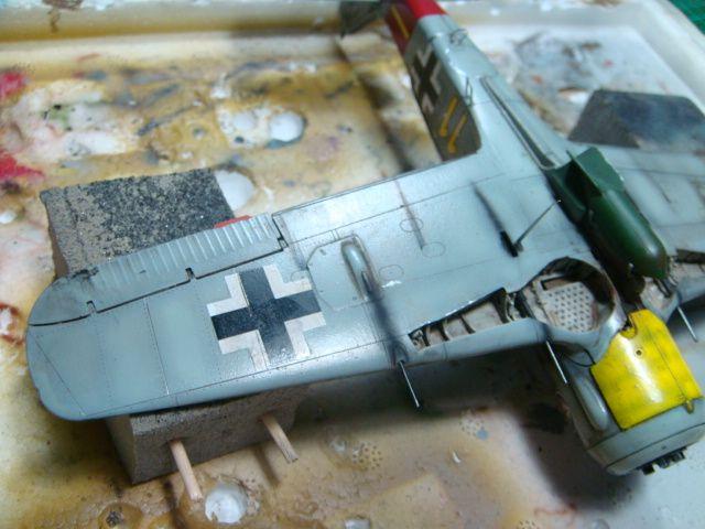 Focke-Wulf Fw 190A-8 .eduard Weekend Edition a 1/48.. - Página 4 DSC08064