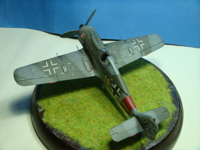 Focke-Wulf Fw 190A-8  .eduard Weekend Edition a 1/48.. ( TERMINADO  ) DSC08101