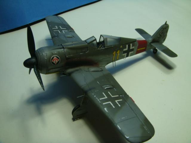Focke-Wulf Fw 190A-8  .eduard Weekend Edition a 1/48.. ( TERMINADO  ) DSC08129