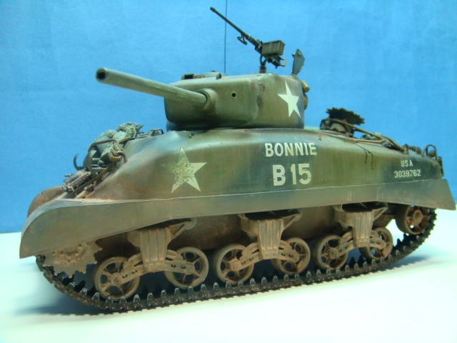 Sherman M4A1.( 76 ) W.. Italeri 1/35.. TERMINADO . .  DSC09194_zps9d1332aa