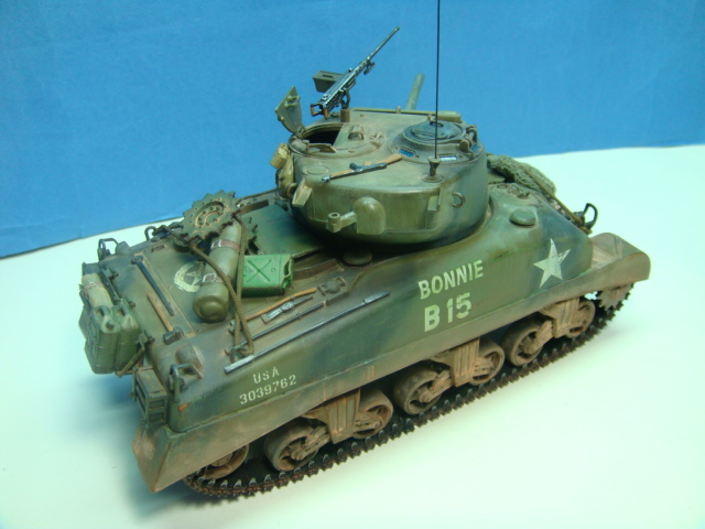 Sherman M4A1.( 76 ) W.. Italeri 1/35.. TERMINADO . .  DSC09206_zps0675f83a