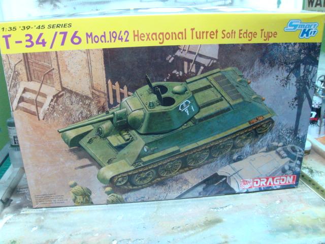 T-34/76 .. Mod 1942 dragon  1/35 DSC09347_zpsba20c14c