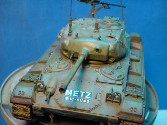 M - 24 Chafee.. Italeri ..1/35..   Ejercito Frances  ( Điện Biên Phủ )  DSC09419_zpse439388a