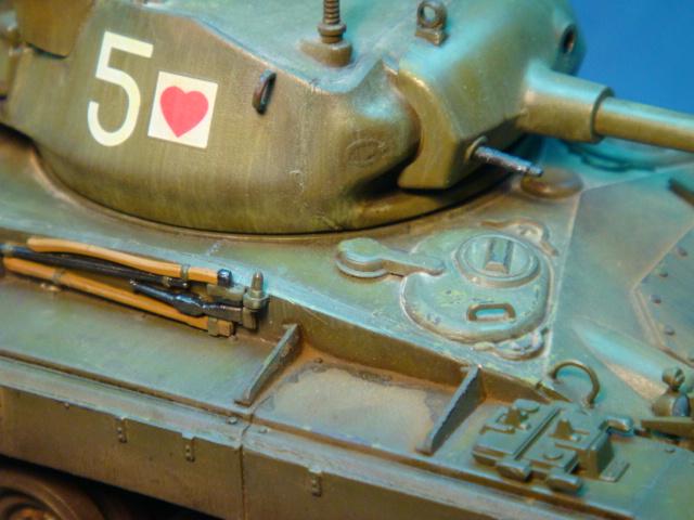 M - 24 Chafee.. Italeri ..1/35..   Ejercito Frances  ( Điện Biên Phủ )  DSC09422_zpsc845f3c1