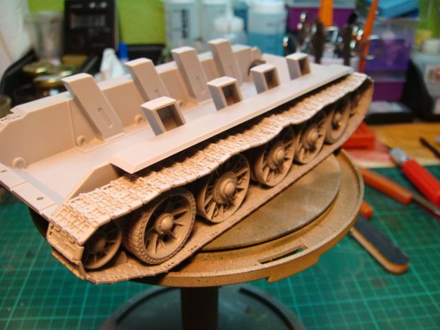 T-34/76 .. Mod 1942 dragon  1/35 DSC09471_zps1a166454