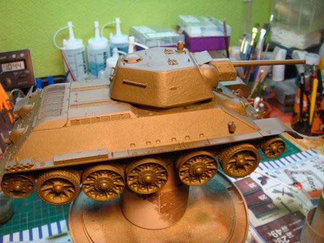 T-34/76 .. Mod 1942 dragon  1/35 DSC09534_zpse7f293af
