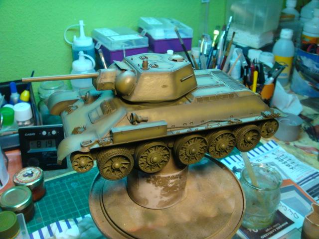 T-34/76 .. Mod 1942 dragon  1/35 DSC09552_zpse5044cb6