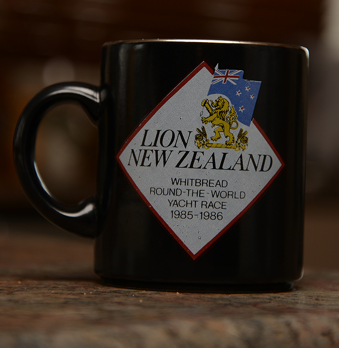 Show us your mugs .... Crown Lynn of course ;) - Page 2 DSC_5645_zps103c1e63