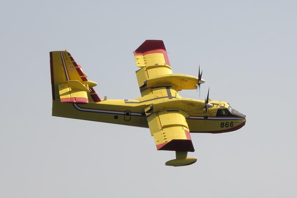 Avioane cisternă (pompieri) - Pagina 2 8290176