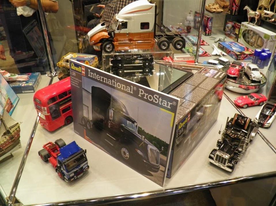 Scale Modell Wolrd , Telford 2013 PB090487_zps0adf3119