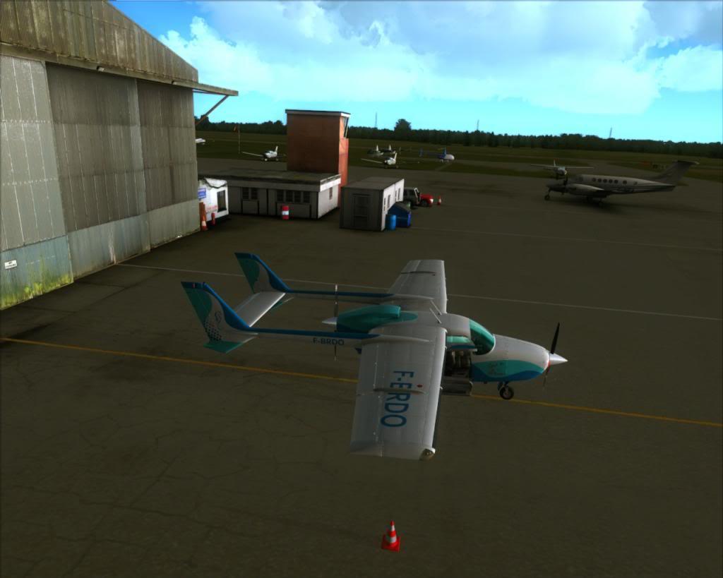 Elstree Aerodrome 1-28