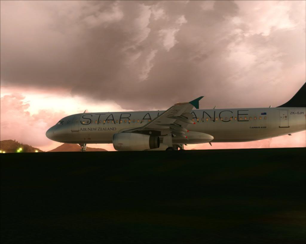 Air New Zealand landing at Cairns 12-12