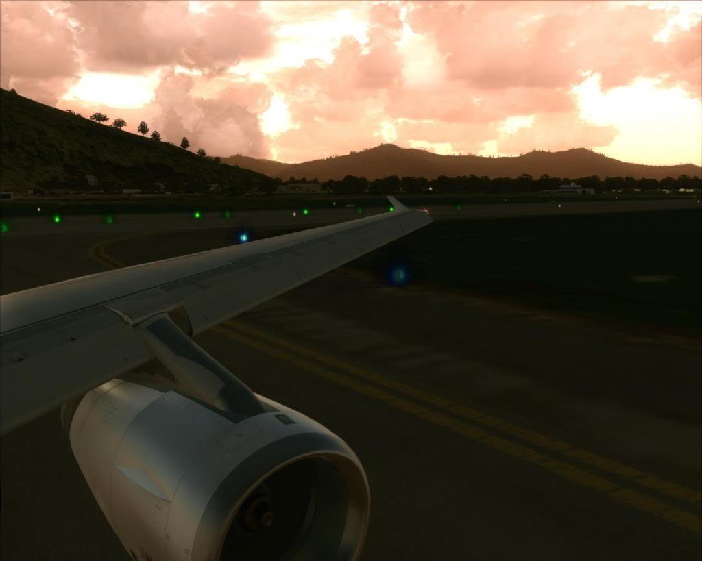 Air New Zealand landing at Cairns 14-13