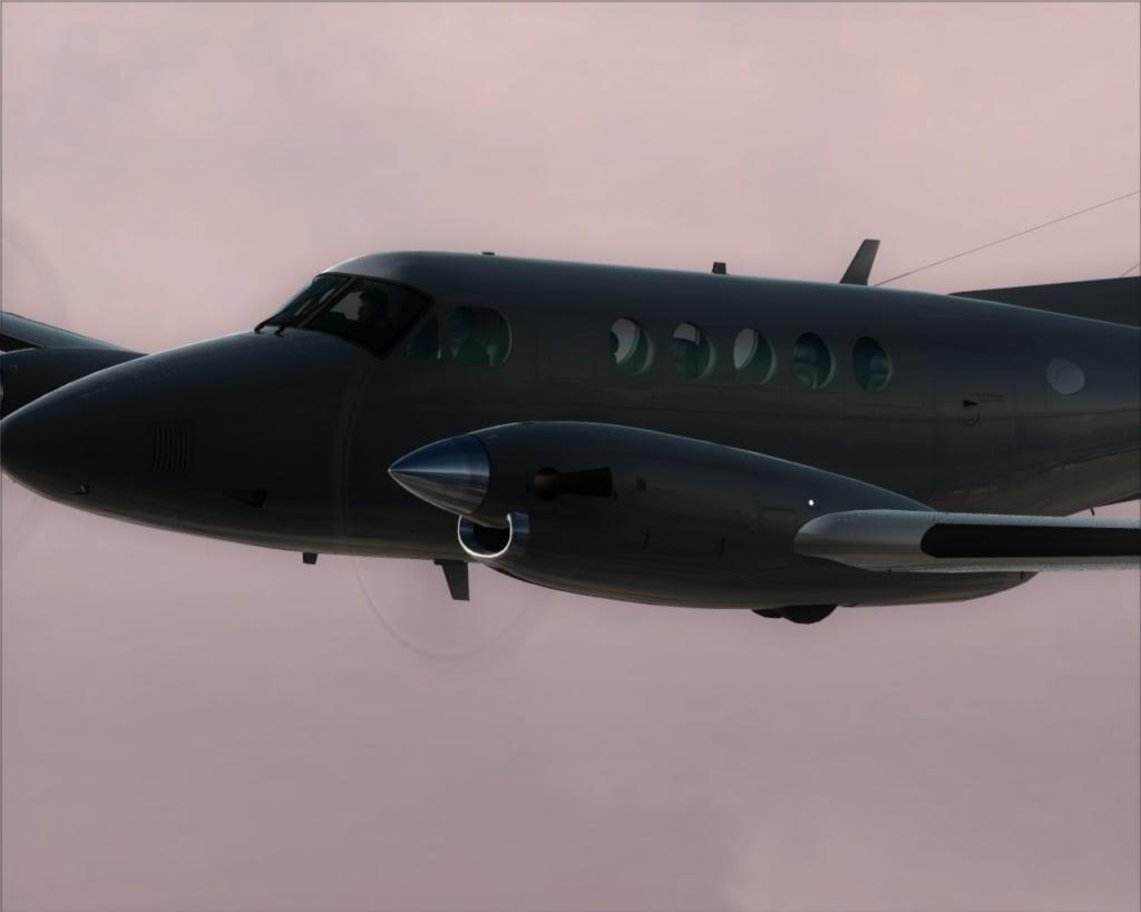 Noir, decolando em um dia cinzento 15-13_zps7bd05685