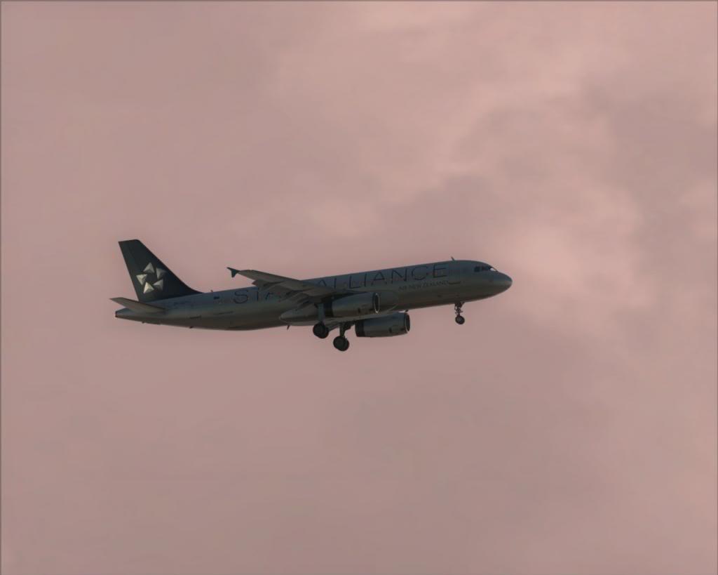 Air New Zealand landing at Cairns 4-17