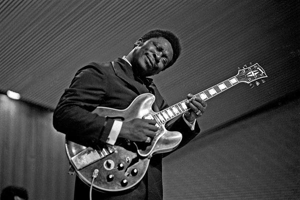 Morre o Rei do Blues B.B._King_3011710048_1