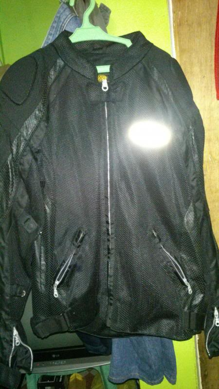 for sale: agv mesh/leather type jacket Large DSC_0095_zps6e9410df