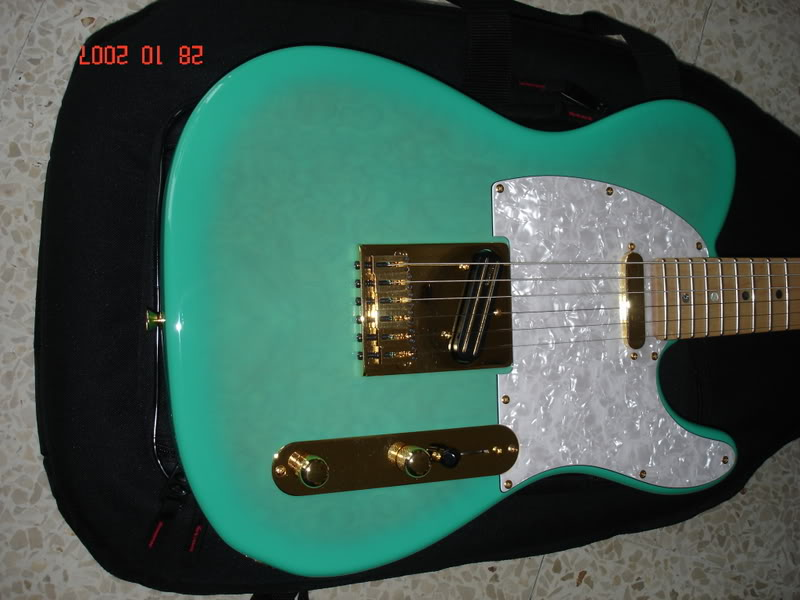 Photos de vos guitares. [Ancien Topic] DSC03087