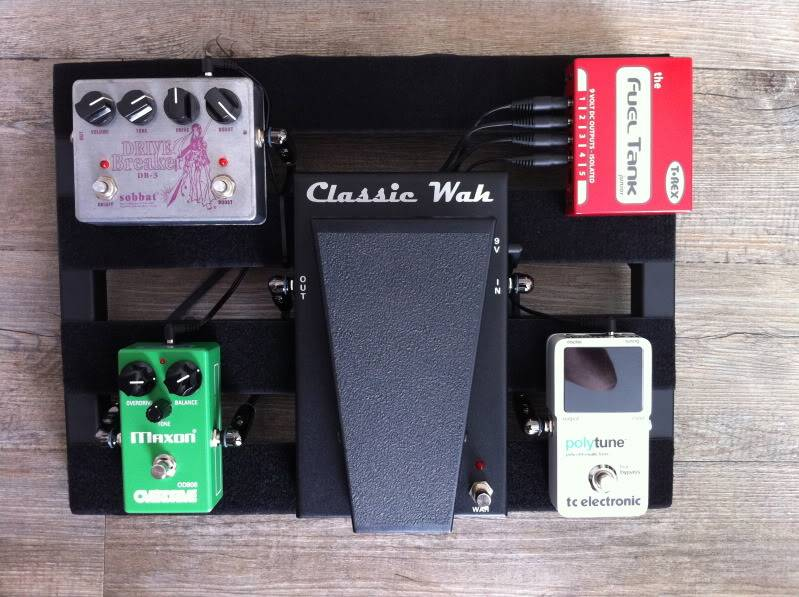 Photos de nos PedalBoard (ancien topic) - Page 40 PedalboardTHEBAND