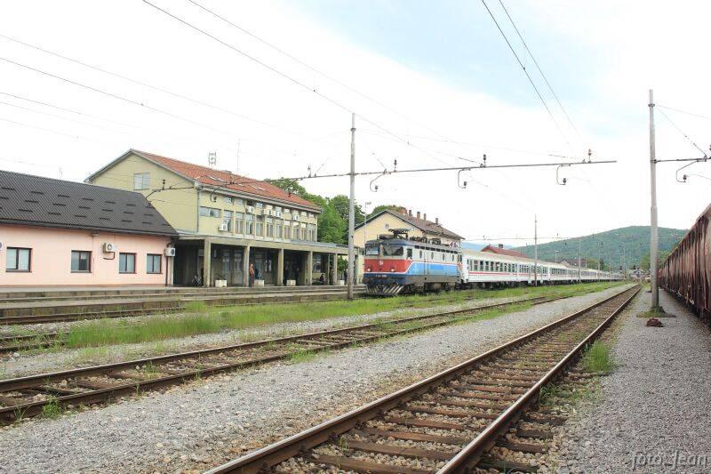 Navijački vlakovi - Page 2 0049_mala_zpsf70b9e8a