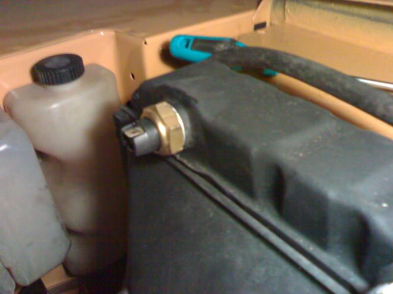 A que temperatura salta el electro en el isuzu engine 1.7td???? 19022007059