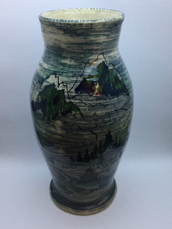 Chunky vase with hand-painted Oriental scenes IMG_5634