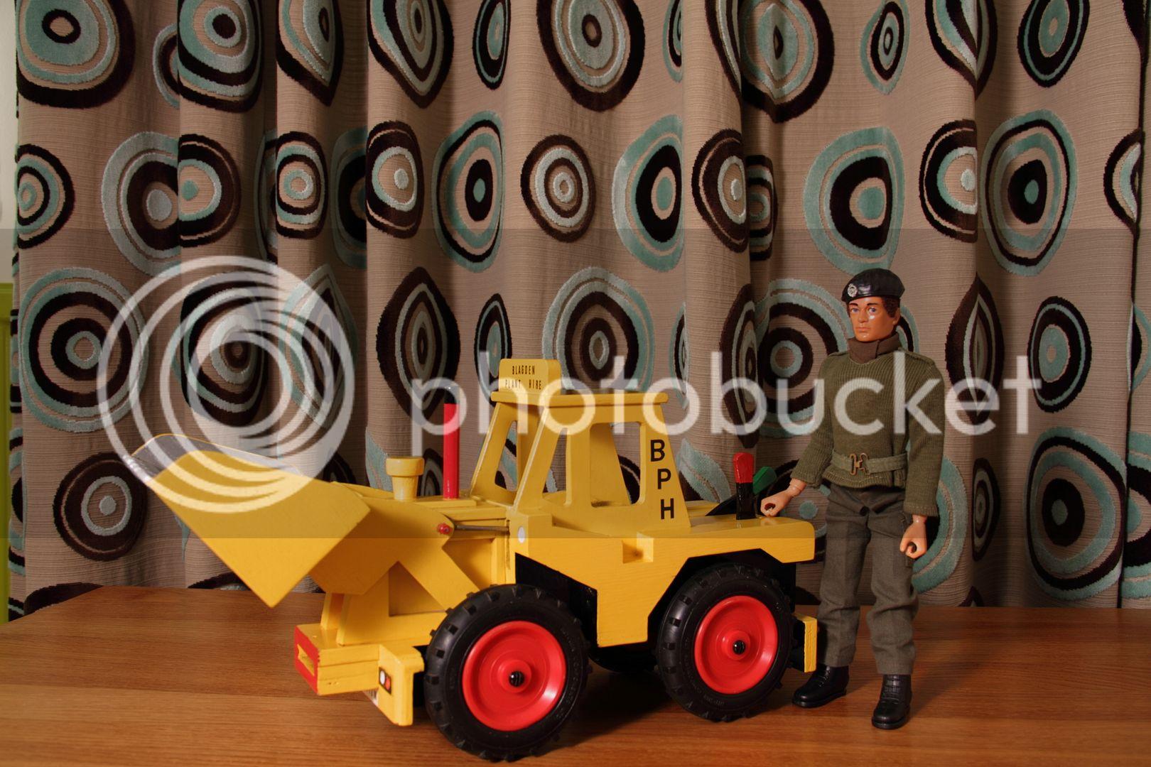8os trucks jeeps tracktors ect. 003_zpseuwjkq3f