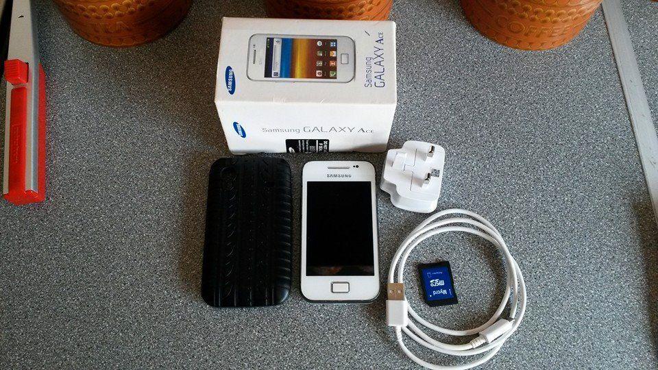 Samsung Galaxy FS 11390498_959596334084759_1329394471893722072_n_zpsr6x30pmr
