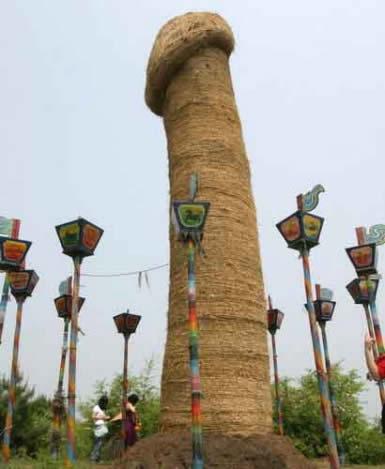 algunos de los monumentos más curiosos del mundo  A238_pen_zps7439dd48