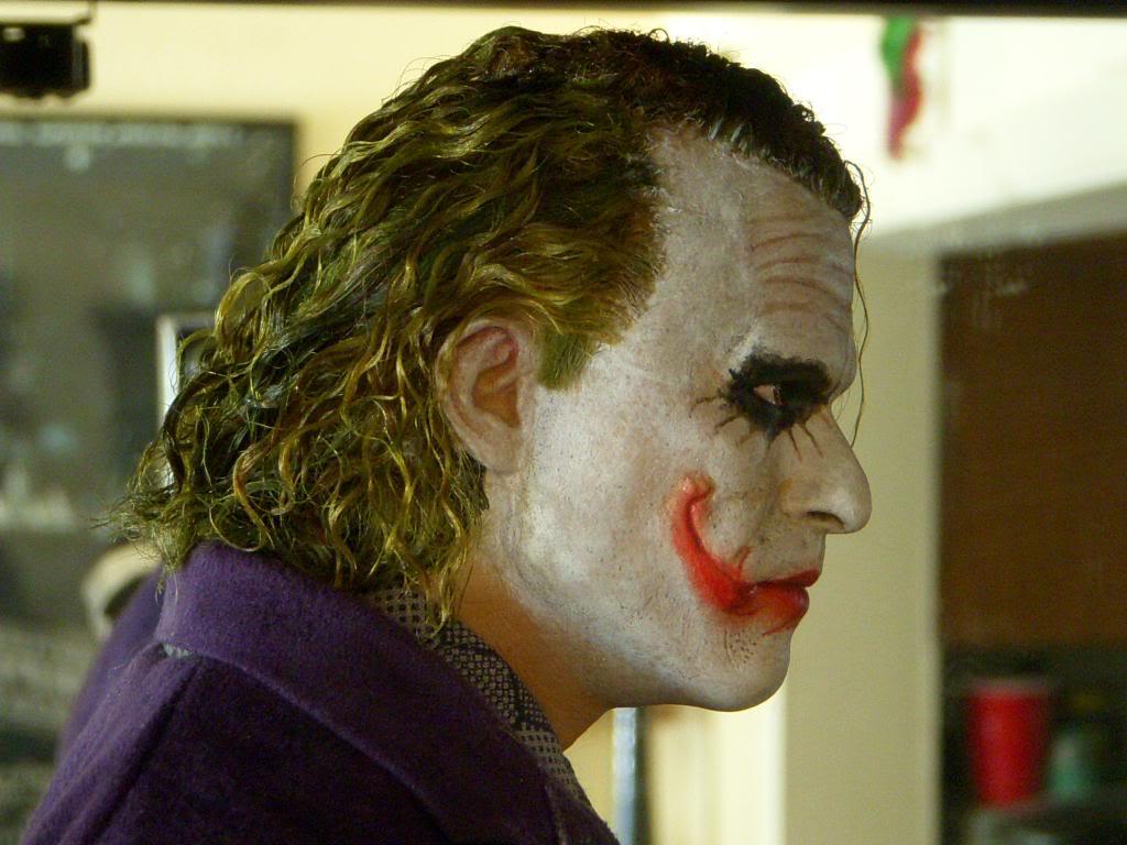 [ENTERBAY] Batman The Dark Knight: JOKER - HD Masterpiece - Página 17 040_zps9efa1449