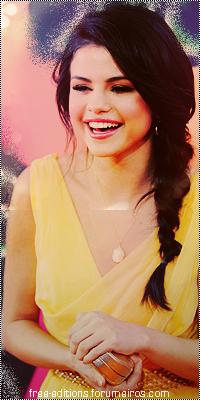 Selena Gomez 7-4