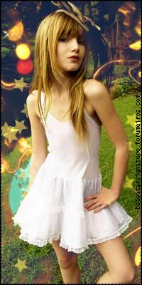 Bella Thorne  BELLAT04