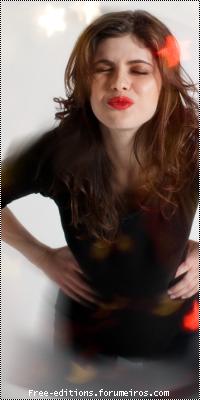 Alexandra Daddario Semttulo6-21