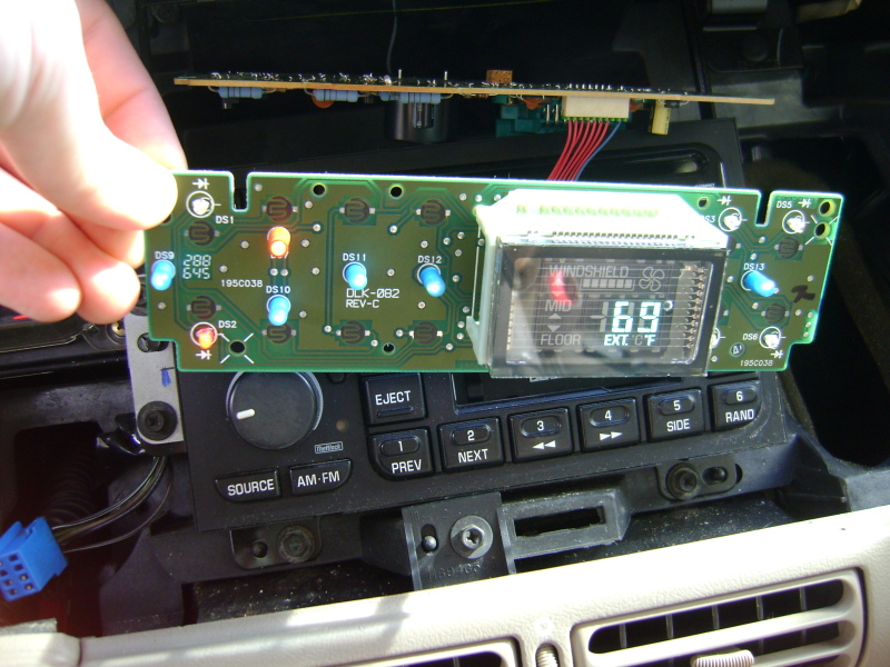Write-Up: Fixing HVAC Climate Control Lighting - Page 5 DSC05543