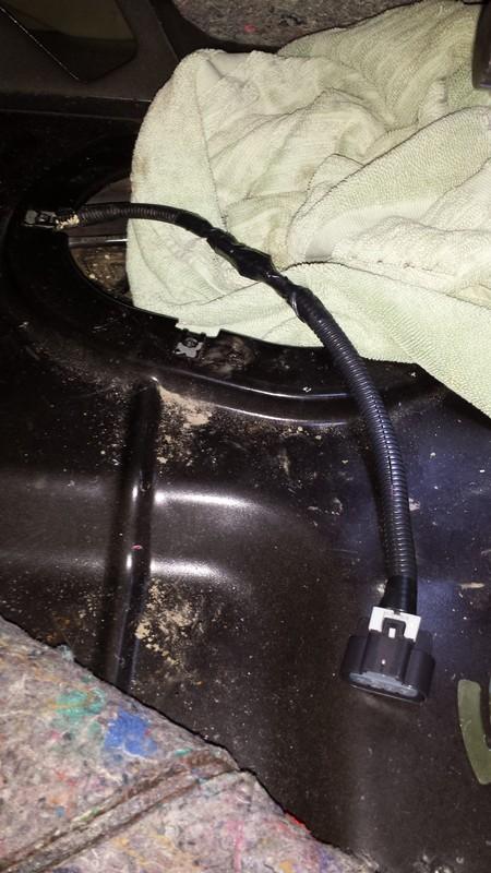 rusty fuel tank - Rusty Fuel Tank Tab Repair - Page 3 DSC06706