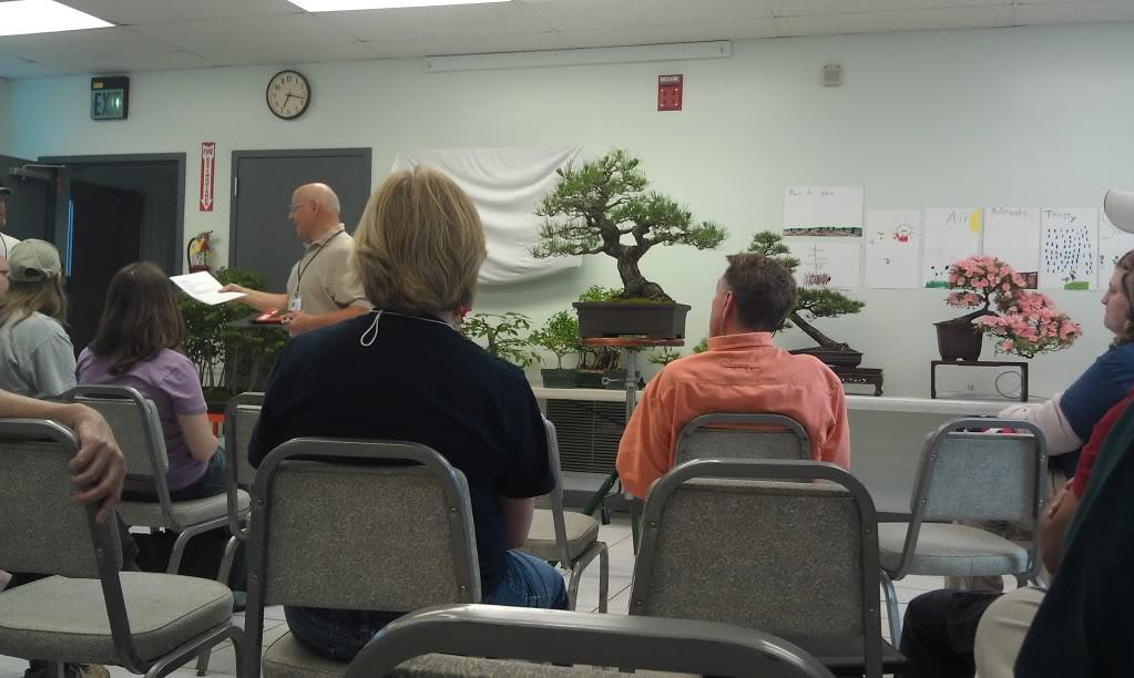 Mi primer visita aun club de bonsai IMAG0188