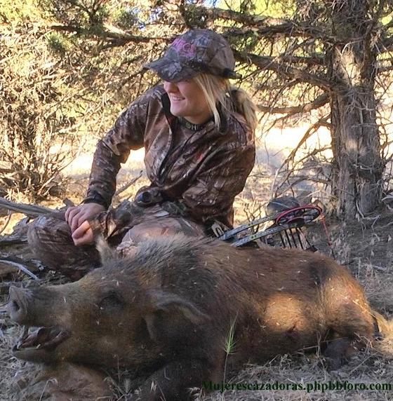La cazadora norteamericana Kaitlyn Slinkard KAITLS1_zpsqvdgnw0z