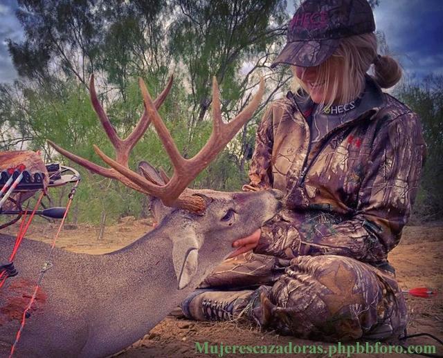La cazadora norteamericana Kaitlyn Slinkard KAITLS2_zps6ejnpczh
