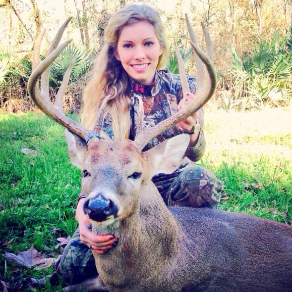 More women are giving hunting a shot  (Article about women hunters and photos) MALLYO_zpscl1r6mzu