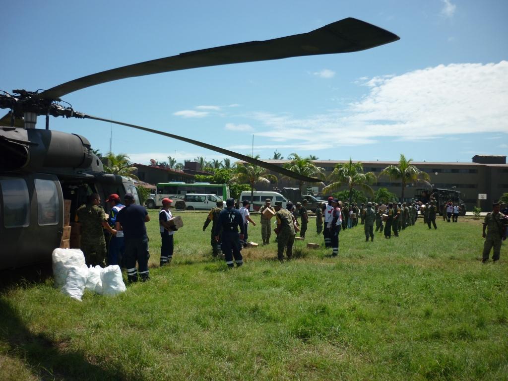 El Helicoptero Mil Mi-17 en México - Página 29 PTE._AEREO_02